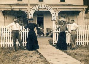 The Niblock Inn, a hotel that stood on the hill above the Colby Landing about 1886. It was probably run by the Weed Family, shown here.