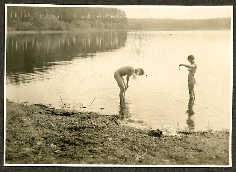 sex-videos-nudist-boys-in-the-lake